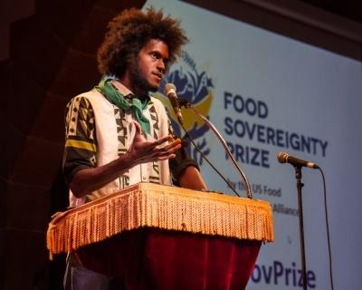 food_sovereignty_prize-blain_snipstal-by-tony_saddler-2013_10_15-2_400_320